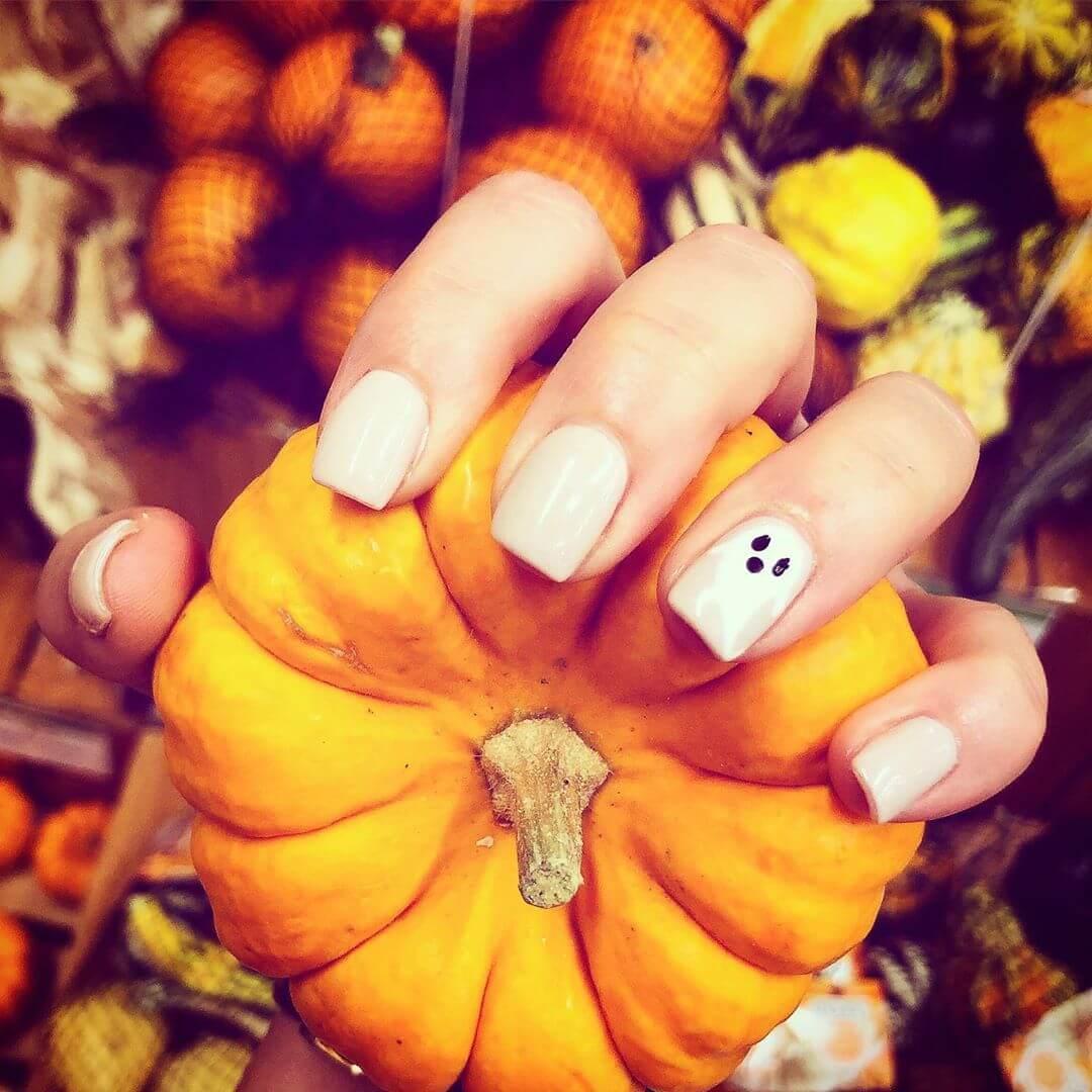 art de l'ongle d'halloween facile