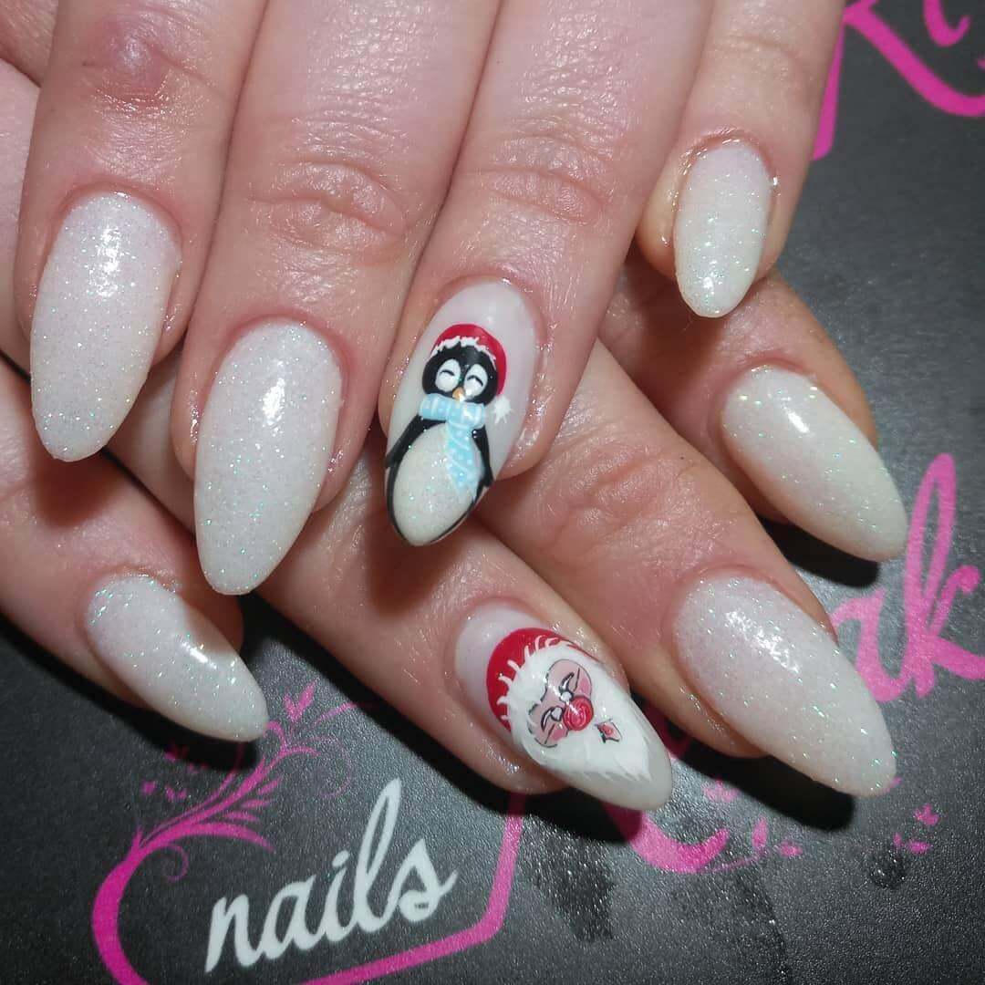 décoration de ongles de Noël pour les filles