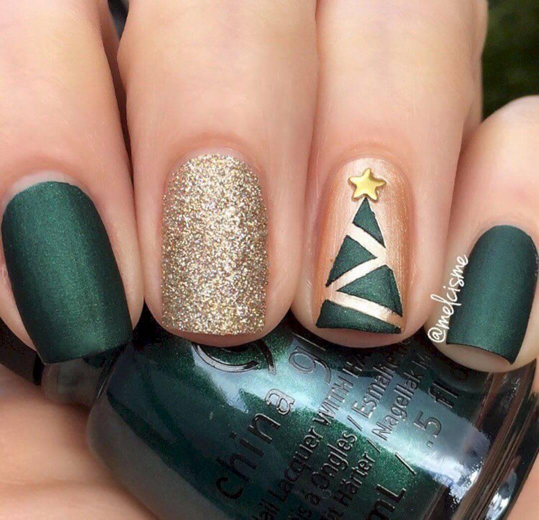 d'élégants ongles verts et dorés pour Noël