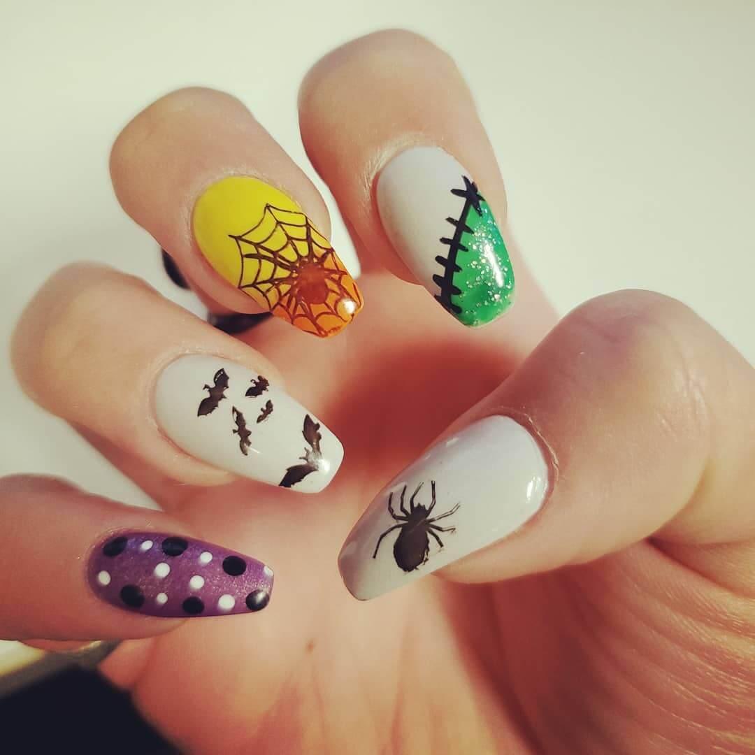 design de ongles pour halloween