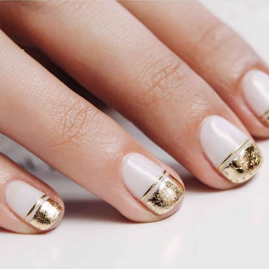 élégante décoration dorée de nail art