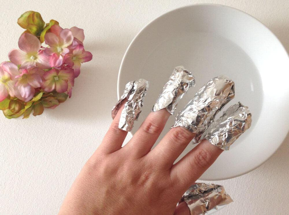 Enlever les ongles en gel ou en porcelaine