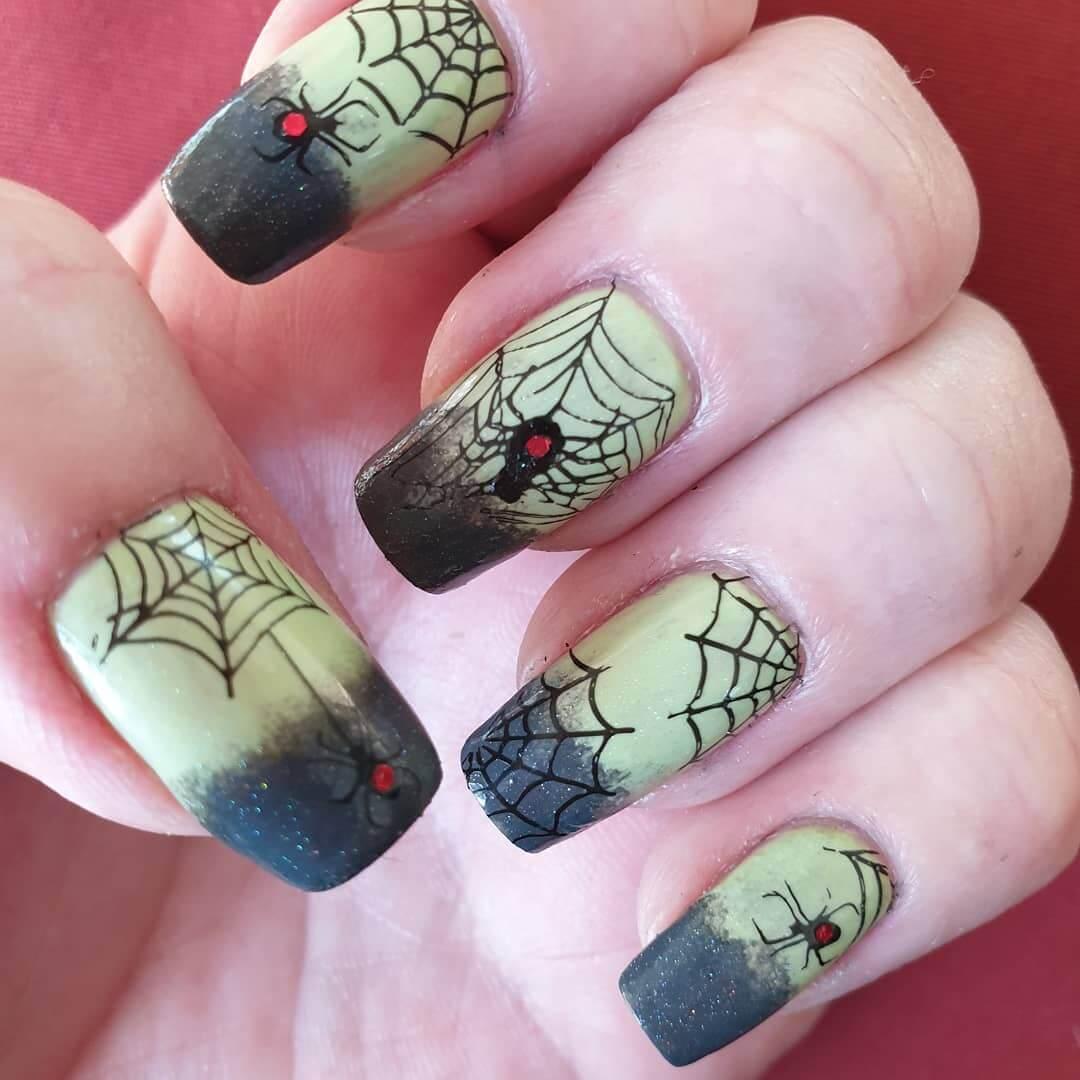 impression d'ongles d'araignée d'halloween