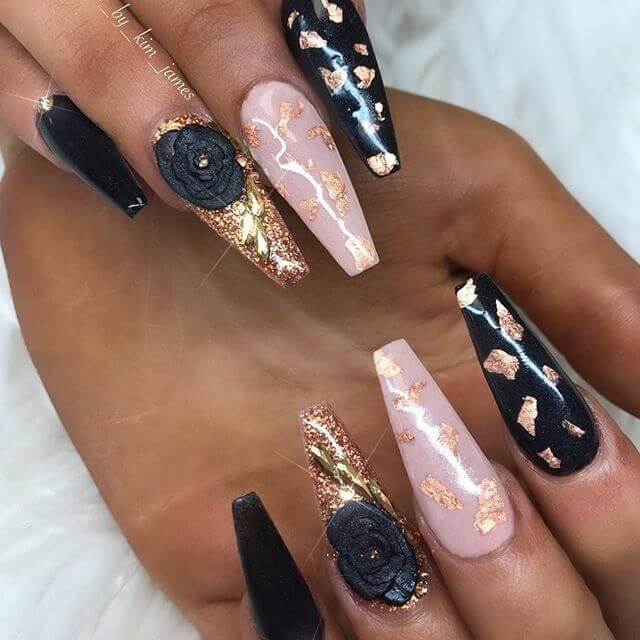 longs ongles en gel noir