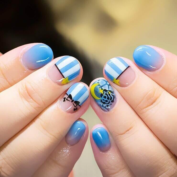 Plus de 80 motifs d'ongles décorés en bleu clair 6