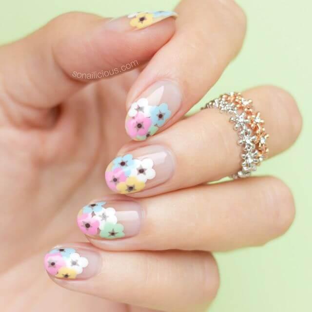 ongles à fleurs