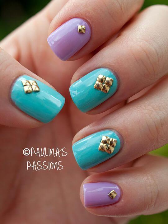 Plus de 80 motifs d'ongles décorés en bleu clair 25