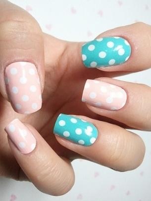 Plus de 80 dessins de nail art en bleu clair 26