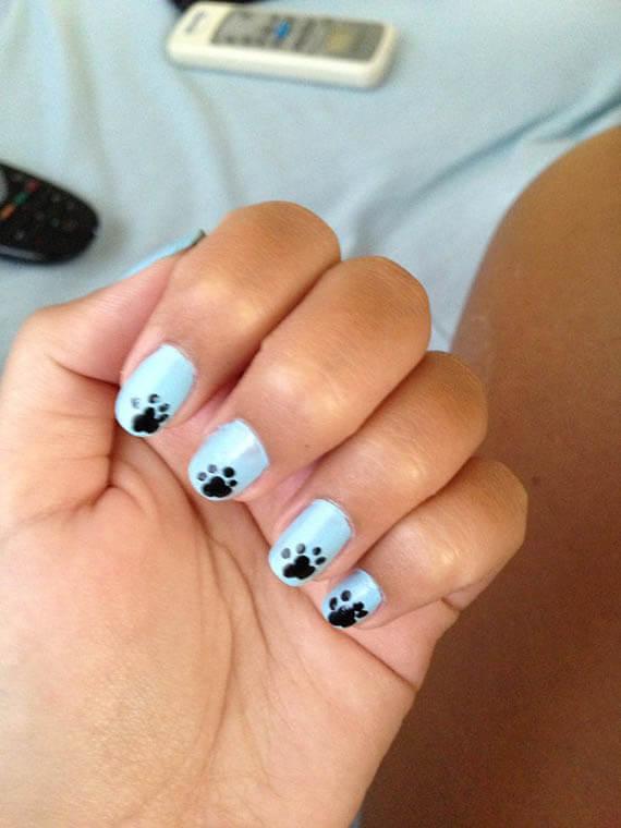 Plus de 80 motifs d'ongles décorés en bleu clair 32