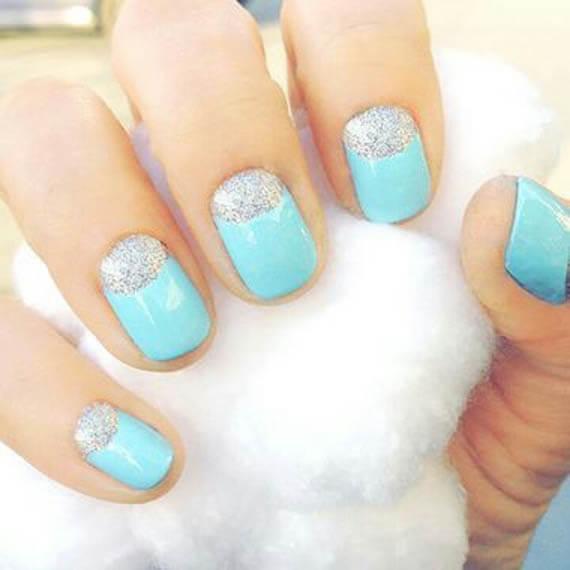 Plus de 80 dessins de nail art en bleu clair 17