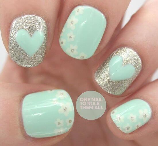 Plus de 80 motifs de ongles décorés en bleu clair 44