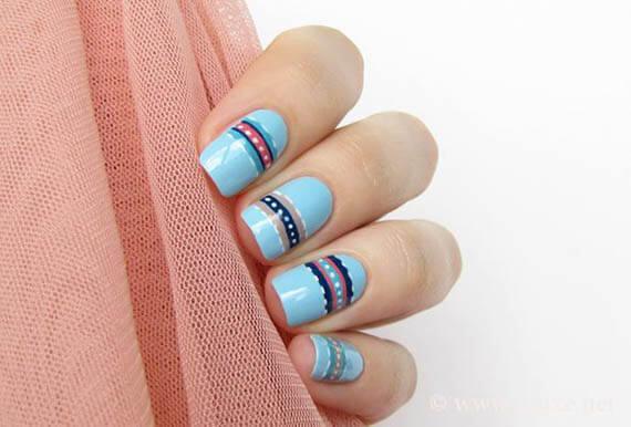 Plus de 80 motifs de ongles décorés en bleu clair 49