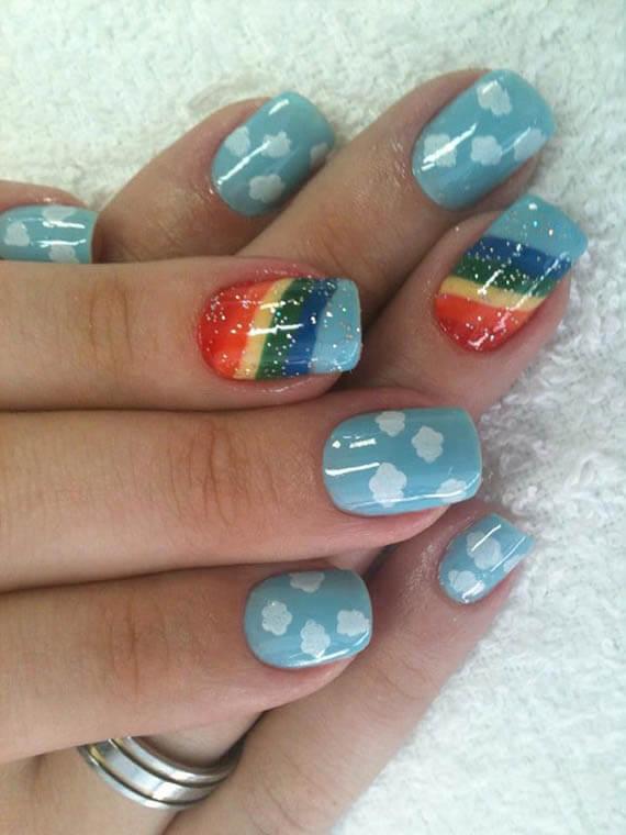 Plus de 80 motifs d'ongles décorés en bleu clair 57