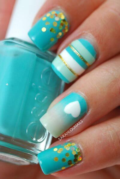Plus de 80 motifs d'ongles décorés en bleu clair 58