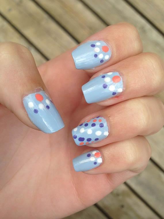 Plus de 80 motifs d'ongles décorés en bleu clair 60