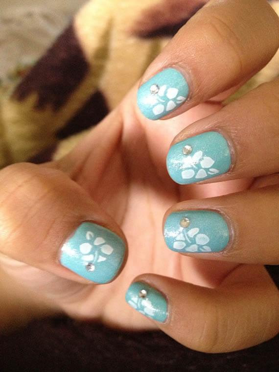 Plus de 80 motifs de ongles décorés en bleu clair 20
