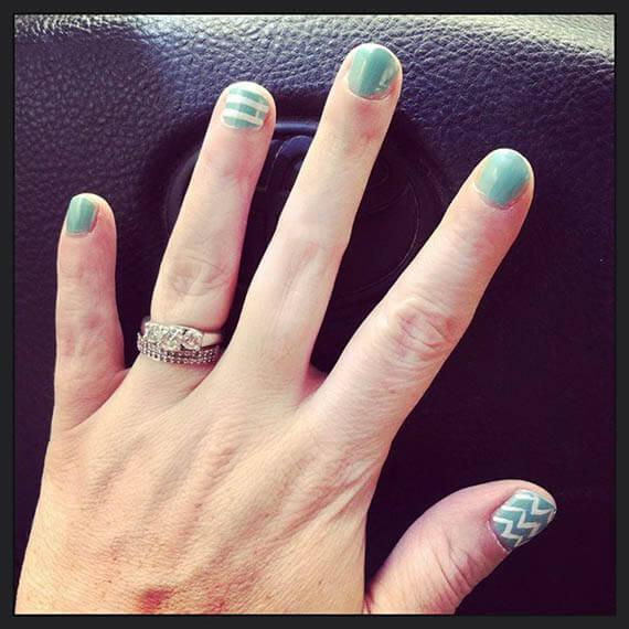 Plus de 80 motifs de ongles décorés en bleu clair 65