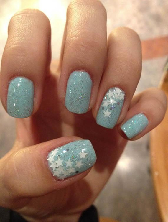 Plus de 80 motifs d'ongles décorés en bleu clair 69
