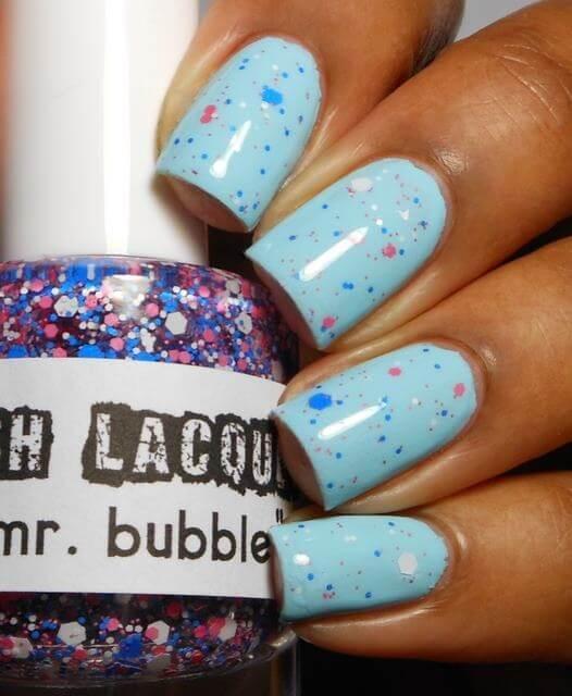 Plus de 80 motifs d'ongles décorés en bleu clair 71