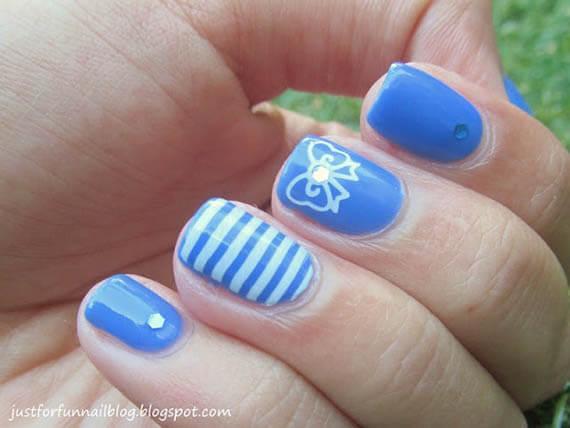 Plus de 80 motifs d'ongles décorés en bleu clair 21