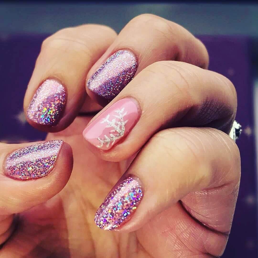 ongles brillants