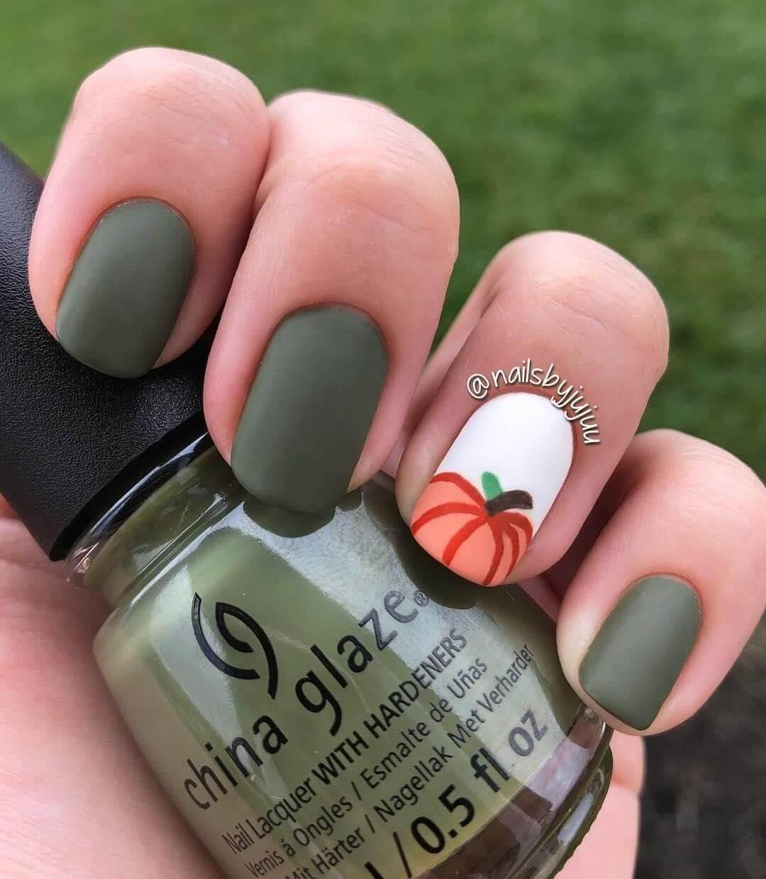 ongles citrouille matte halloween