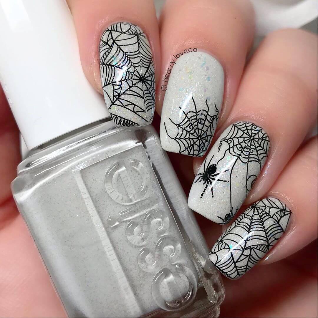 ongles d'araignée