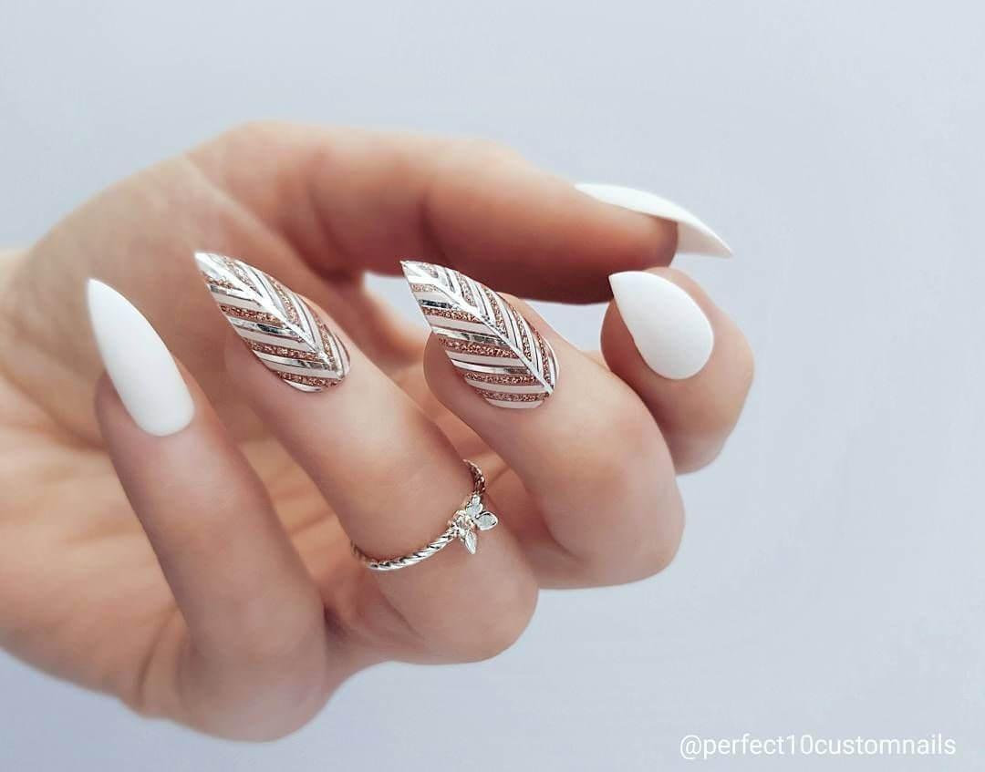 ongles de mariage stiletto