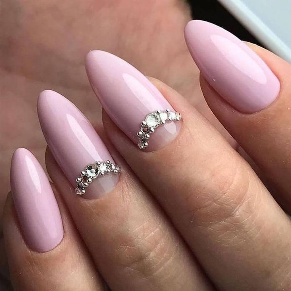 ongles de mariée avec strass