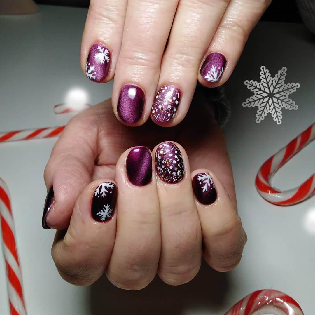 ongles de noël violets