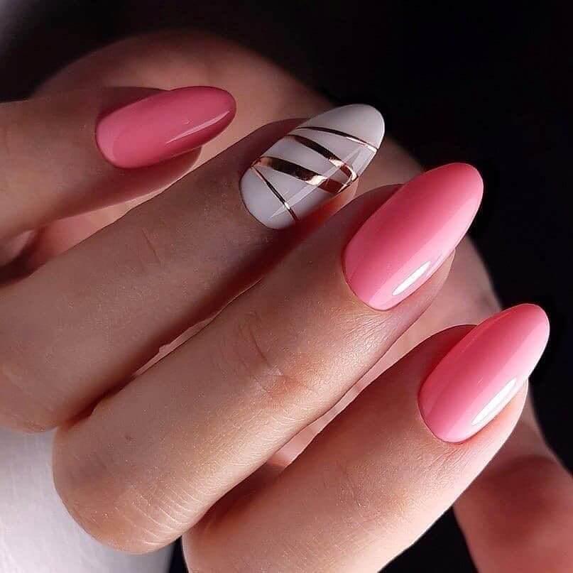 Art des ongles rose et or