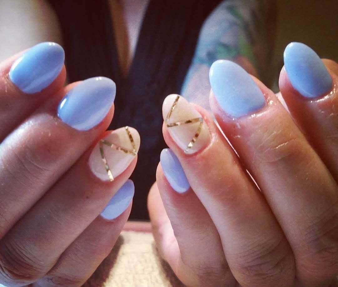 Plus de 80 dessins de nail art en bleu clair 14