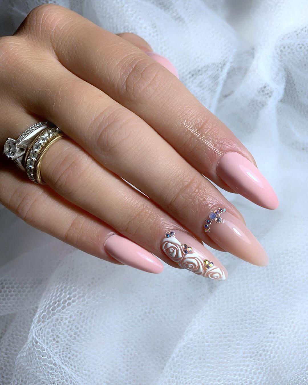 ongles en acrylique pour la mariée