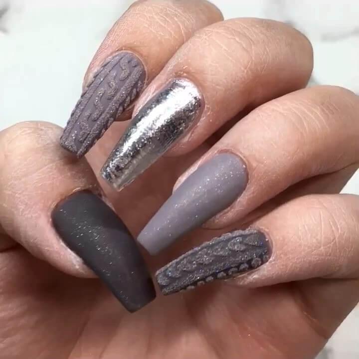 ongles en gel mat texturé
