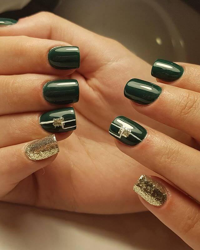ongles en gel vert foncé