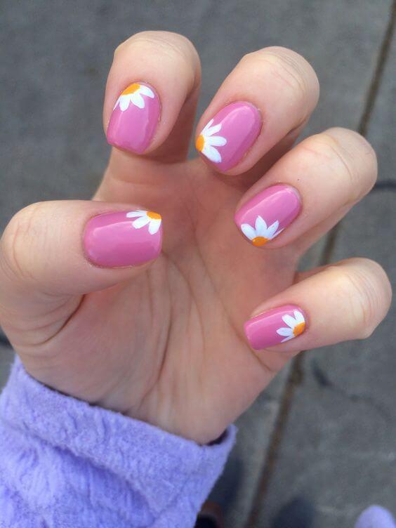 ongles faciles à fleurir