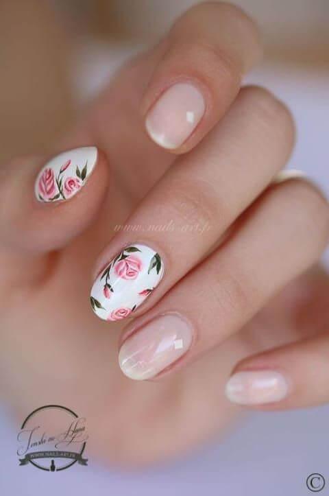 ongles floraux pour le mariage
