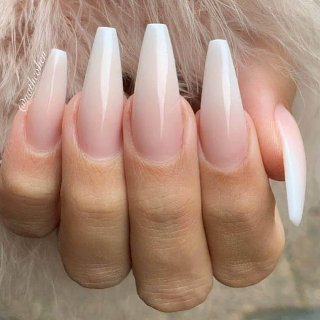 ongles longs et dégradés