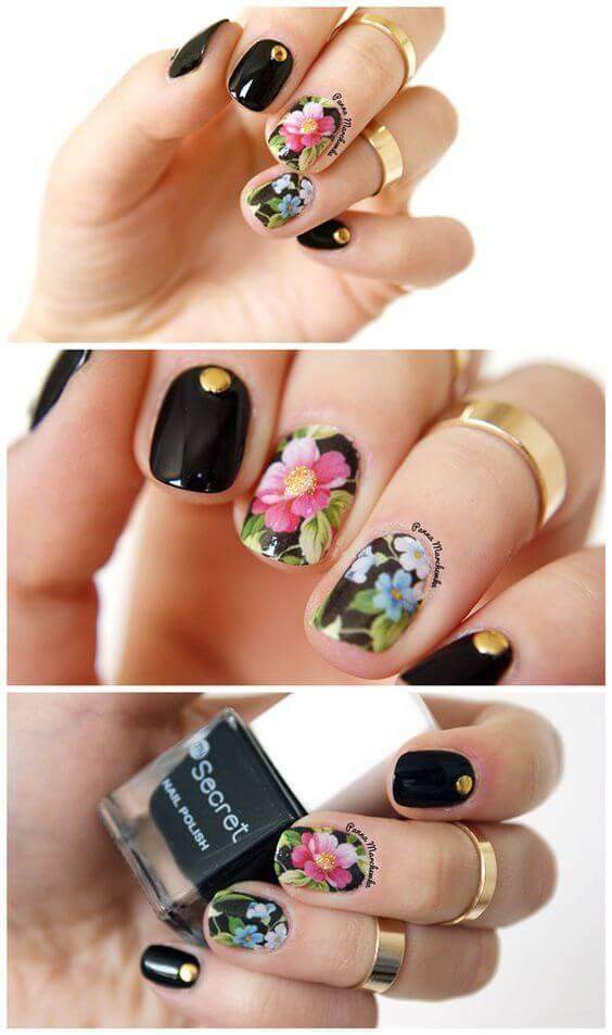 ongles noirs fleuris