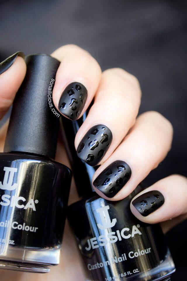 Ongles noirs mats et brillants