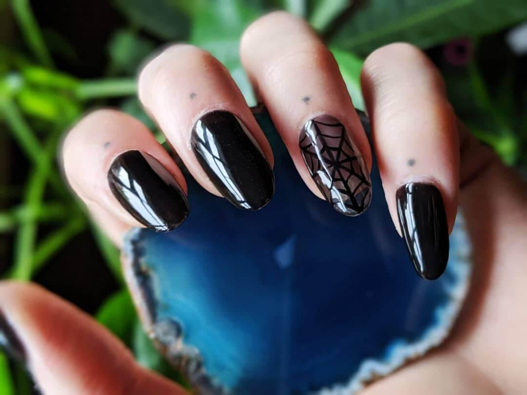 ongles pour toile d'halloween