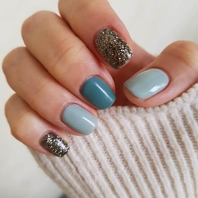 rognures d'ongles en gel
