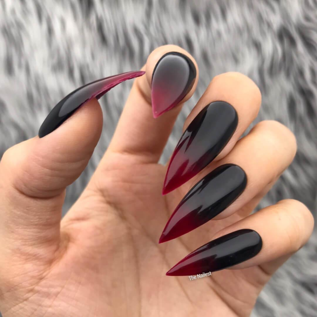 vampire halloween nail art